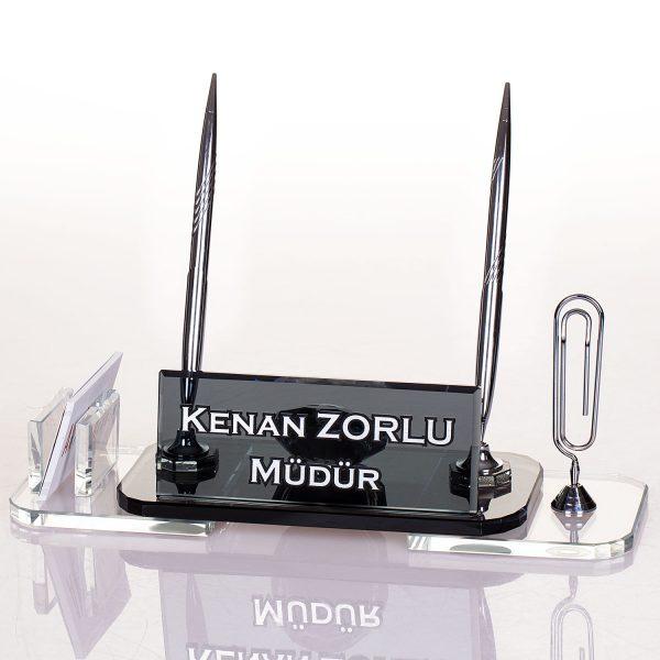 Gümüş kalemli ve saatli kristal masa isimliği ofis masa isimliği